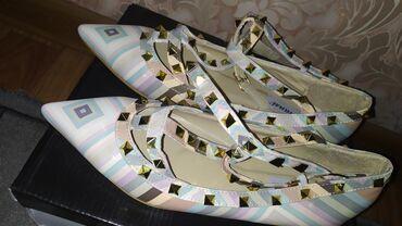 туфли-новые в Кыргызстан: Балетки под Валентино, Новые, не носили, 39й размер, но подойдут и на