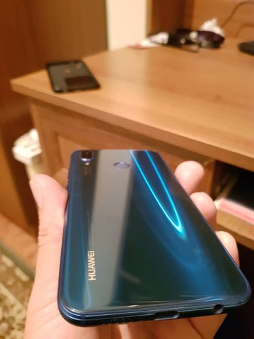 Продаю HUAWEI P20 LITE BLUE ULTRAMARINE (64 GB) в Бишкек