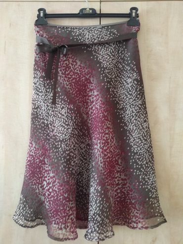 Taifun suknja prelepa, nova, br 36 struk 74 cm dužina 67 cm. sa - Palic