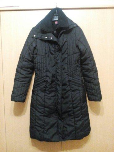 Duga crna zimska jakna, s/m veličina očuvana bez oštećenja. - Nis