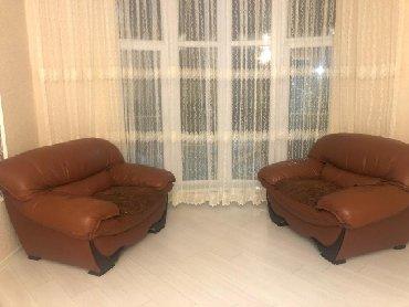 mehdabad - Azərbaycan: 7 nəfərlik divan kreslo koja cüzi derisinde sürtülmə var çox baha