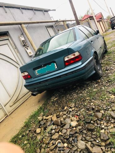 87 elan   NƏQLIYYAT: BMW 3 series 1.8 l. 1994   326000 km