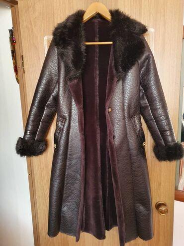 suzuki x 90 в Ак-Джол: Продаю пальто, имеется в количестве 2 штуки. По 1500 сом каждая