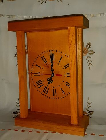 Sport i hobi - Kula: Sat drveni ručni rad 20 cm x 30 x cm