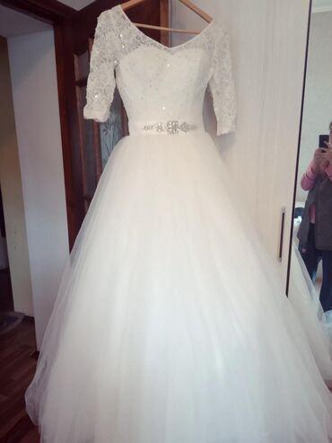 ачекей городок в Кыргызстан: Продаю свадебное платье, очень нежное, лёгкое, размер регулируется (