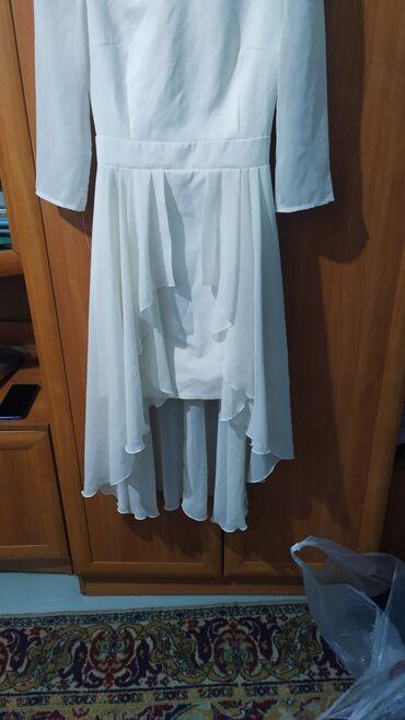 Платья - Кыргызстан: Продам платья. 500 сом за все платья. Размеры смотрите на фотографиях