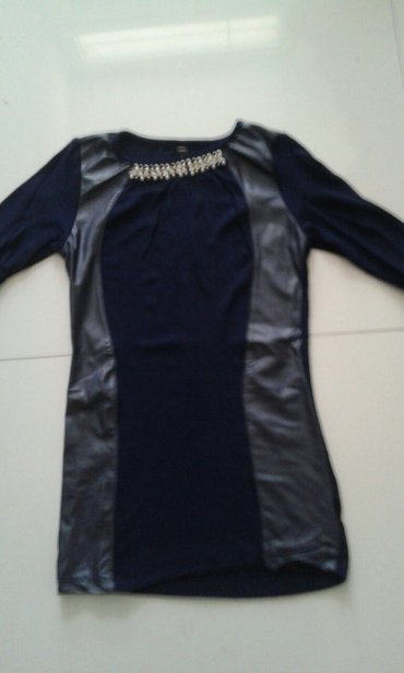 Majica novo teget sa detaljima od koze velicina xs s m - Backa Palanka