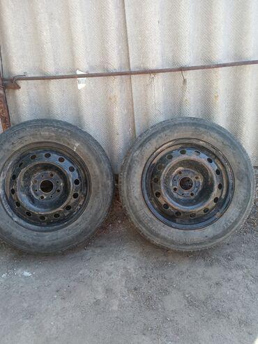 Продаю пару колес на Ауди.185/70/14 Разболтовка 4*108. 1000сом каждое