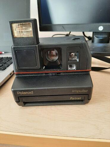 90 lardan qalma Polaroid fotoaparat