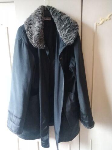 Zimska jakna sa krznom - Srbija: Jakna zimska 5xl nošena jednu sezonu postavljena celom dužinom ima