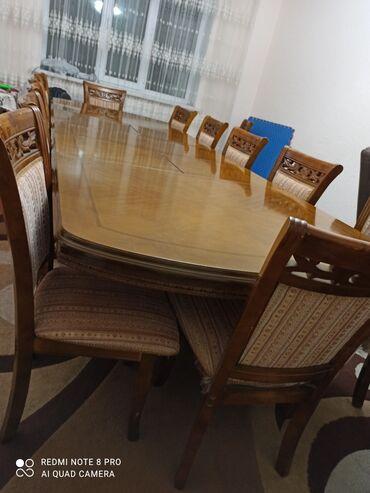 Продаю стол на 14 Пирсон также у уменьшается в хорошем состоянии и