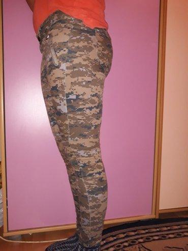 Pantalone jednom nosene broj 30, imaju lasteksa POVOLJNO!!!! - Ub