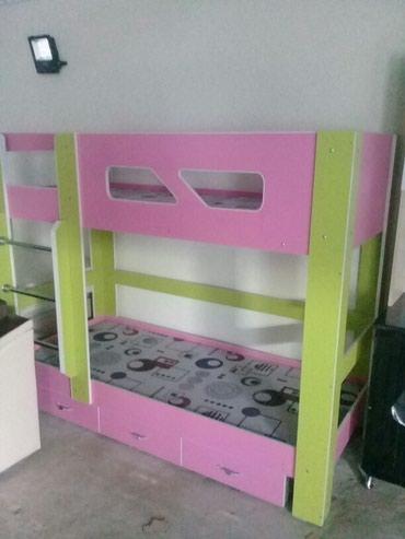 Продаю двухярусную кровать в Кара-Балта