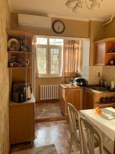 Продажа квартир - Унаа токтотуучу жай - Бишкек: Продается квартира: 106 серия, Асанбай, 3 комнаты, 90 кв. м