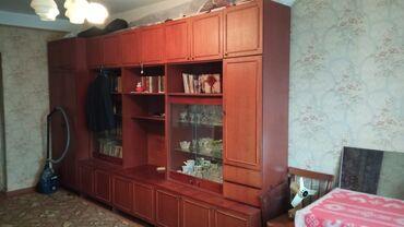 Продается шкаф в гостинную в дом или на дачу.Доставка не входит. Торг