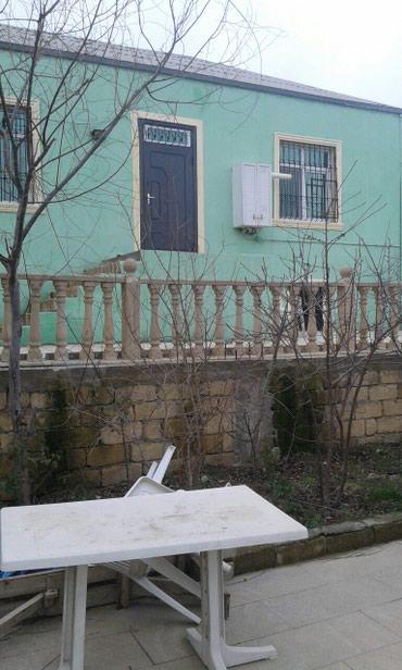Bakı şəhərində Satış Evlər : 120 kv. m., 3 otaqlı
