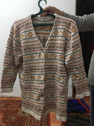 джемперы в Кыргызстан: Джемпер шерстяной, бу, в отличном состоянии, 48-50 размер