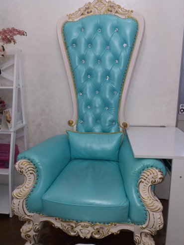 Продам мебель для салона красоты. в Бишкек