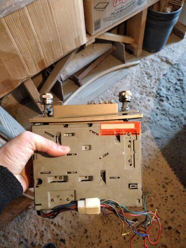 06 masin satisi в Азербайджан: Vaz 21011-06 antikvarni magintofon saz vezyetde kasetderide var