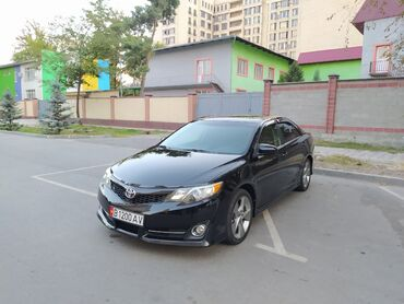 Toyota Camry 2.5 л. 2012