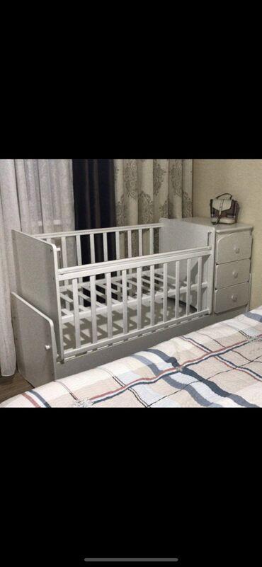 Кровать манеж трансформер с матрасом, механизм маятник