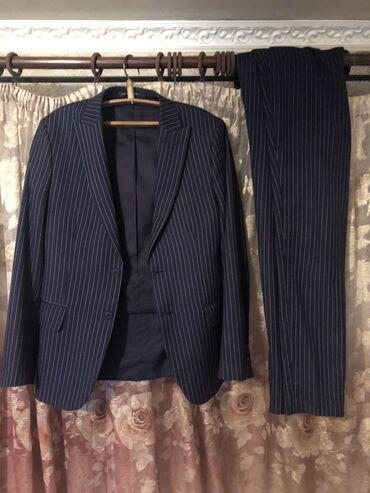 мужские эспадрильи в Кыргызстан: Продаю костюм двойка мужской . Размер 46-47, приталенный брюки зау