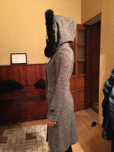 Продаю платье,пальто плащь, пальто, в Бишкек