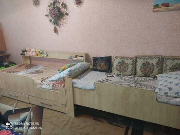 Детский мир - Кировское: Продаю 2 детские кровати в идеальном состоянии, направляющие на ящиках