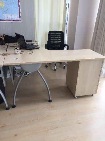 berde ev - Azərbaycan: Türkiyə istehsalı olan, ofis və ev üçün kompyuter masası satılır