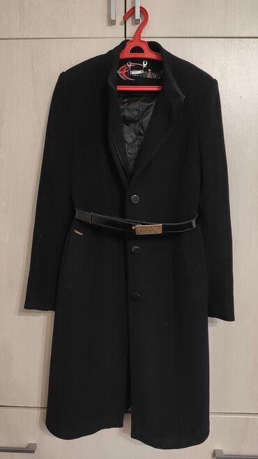 женское пальто в Кыргызстан: Пальто женское б/у, Турция. Состав 80% шерсть. Размер М (44-46)