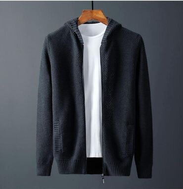 Кардиган свитер в наличии 1шт. Размер L-XL. Качество . Новое с