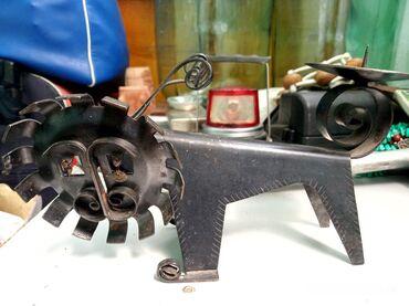 Продаю советский металлический подсвечник лев