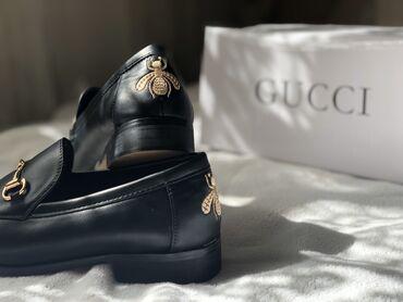 Туфли - Бишкек: Лоферы под Gucci из кожи. Размер 36, новые