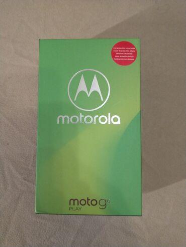 Motorola xt532 - Srbija: Odlican Telefon sa 3gb Ram memorije i 32gb Rom memorije. Pokrece ga