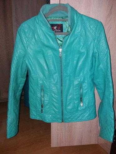Prodajem zeleno-plavu jaknicu za proleće/leto, veličina je s/xs