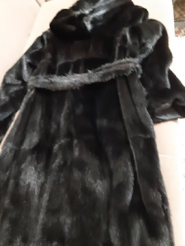 цвета норковых шуб в Кыргызстан: Шуба роковая 48р,чёрный бриллиант 55т сом