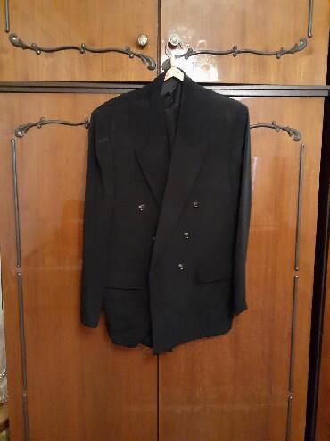 - Azərbaycan: Bahar ucun kostum boyuk beden
