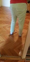 Zelena fensi trenerka,nosi se smaknuta,sa dzepovima,dole podvrnuta... - Sokobanja