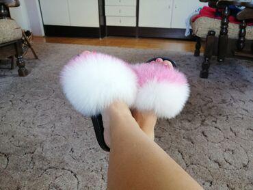 Nove papuce sa prirodnim krznom, broj 37