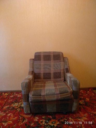2 кресло срочно продаю цена 1000 сом  в Бишкек