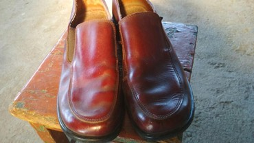Женская обувь в Шопоков: Продаю женские туфли.б/у. Пр-во Турция.Размер 40цена300сом.Сокулук