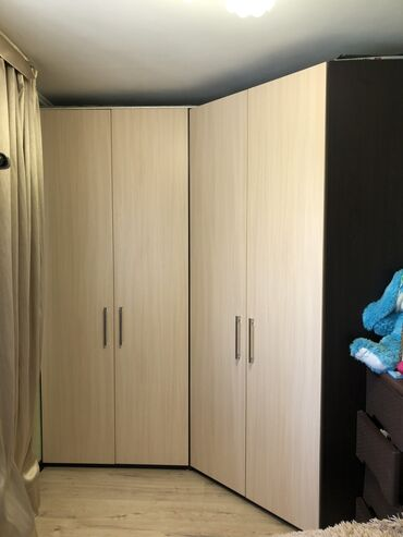 афганский казан бишкек in Кыргызстан | КАЗАНДАР: Продаю два шкафа. Один из которых угловой. Размеры 1м*4 и 3. Высота