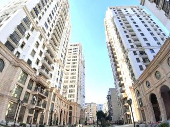 шкаф в зал в Азербайджан: Продается квартира: 3 комнаты, 168 кв. м