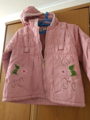 Продаю куртки на 3-4 года, девочка. Зима, деми. Шубка, комплект куртка
