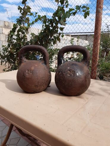 Giryalar - Azərbaycan: Sumqayitda yerləşir 24 kiloqram çəki daşi.Qiymət 1 ədəd çəki daşina
