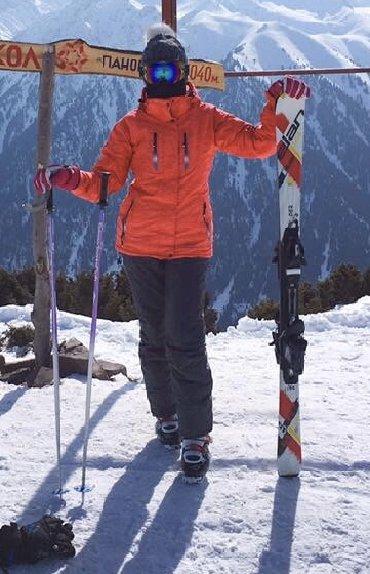 женская шляпа модные в Кыргызстан: Продаю лыжный костюм. Размер Xs/S. Б/у 3300 сом