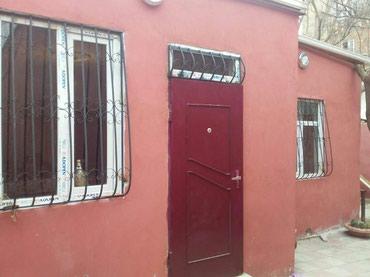 Xırdalan şəhərində Xirdalanin màrkàzindà 3 otaqli tàmirli hàyàt evi tàcili