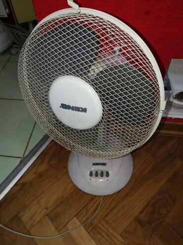 Ventilatori   Beograd: Ventilator veći stoni,, Keno,, Tri brzine. Ok radi, slabo vrti levo