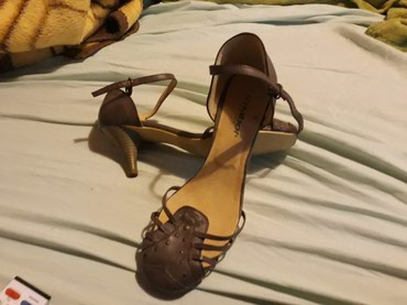 Nove sandale . broj 40 - Pozarevac