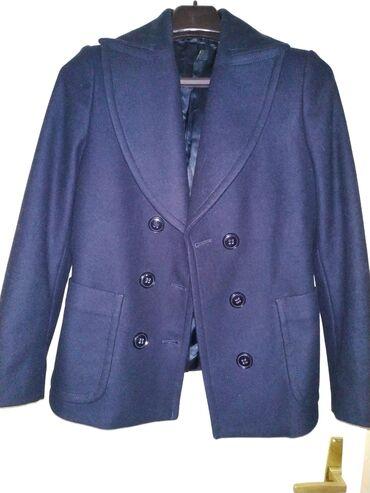 Benetton kaput, jednom obučen, prodajem jer su mi kratki rukavi